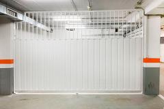 puerta-garaje-seccional-cierre-fijo-lateral-puertas-merino-donostia-san-sebastian-2021-003