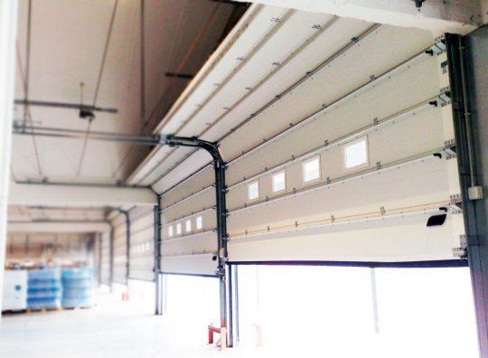 Puerta Seccional Industrial - Puertas Automáticas Merino