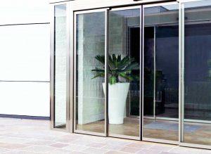 Puerta Corredera de Cristal (Comercial) - Puertas Automáticas Merino